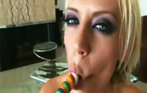 Sexo anal con la inglesa Holly Wellin